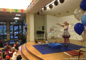 BubbleShowStage
