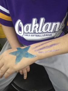Oaklandsoftball_glitterstar