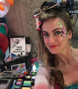 Sophia offers face painting, dance party games and virtual interactive workshops for kids!
